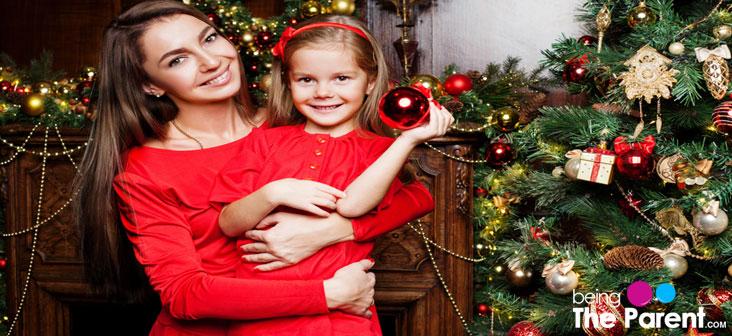 christmas mom and daughter