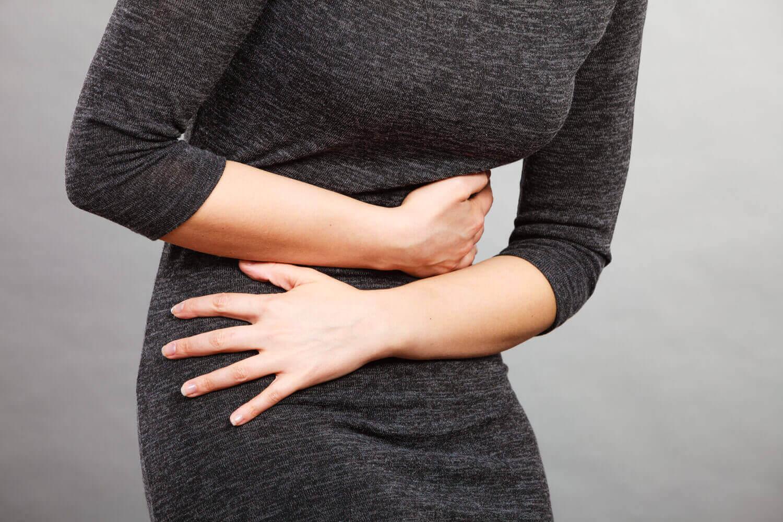 women in Abdomen pain