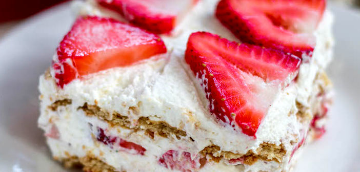 Angel strawberry cake