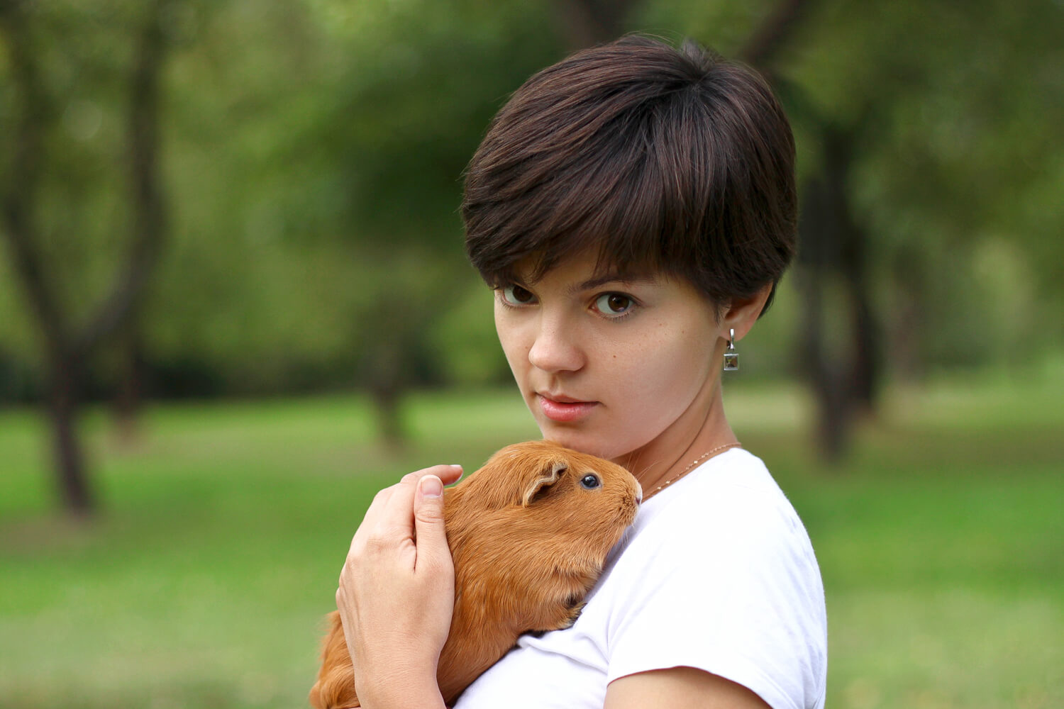 girl with short pixie hairstyle