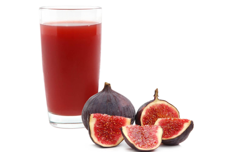 fig juice and fresh fruit