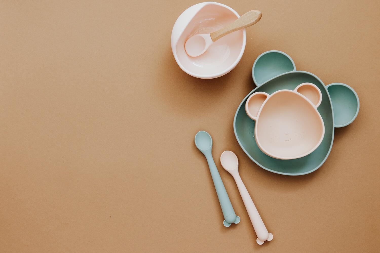feeding plates
