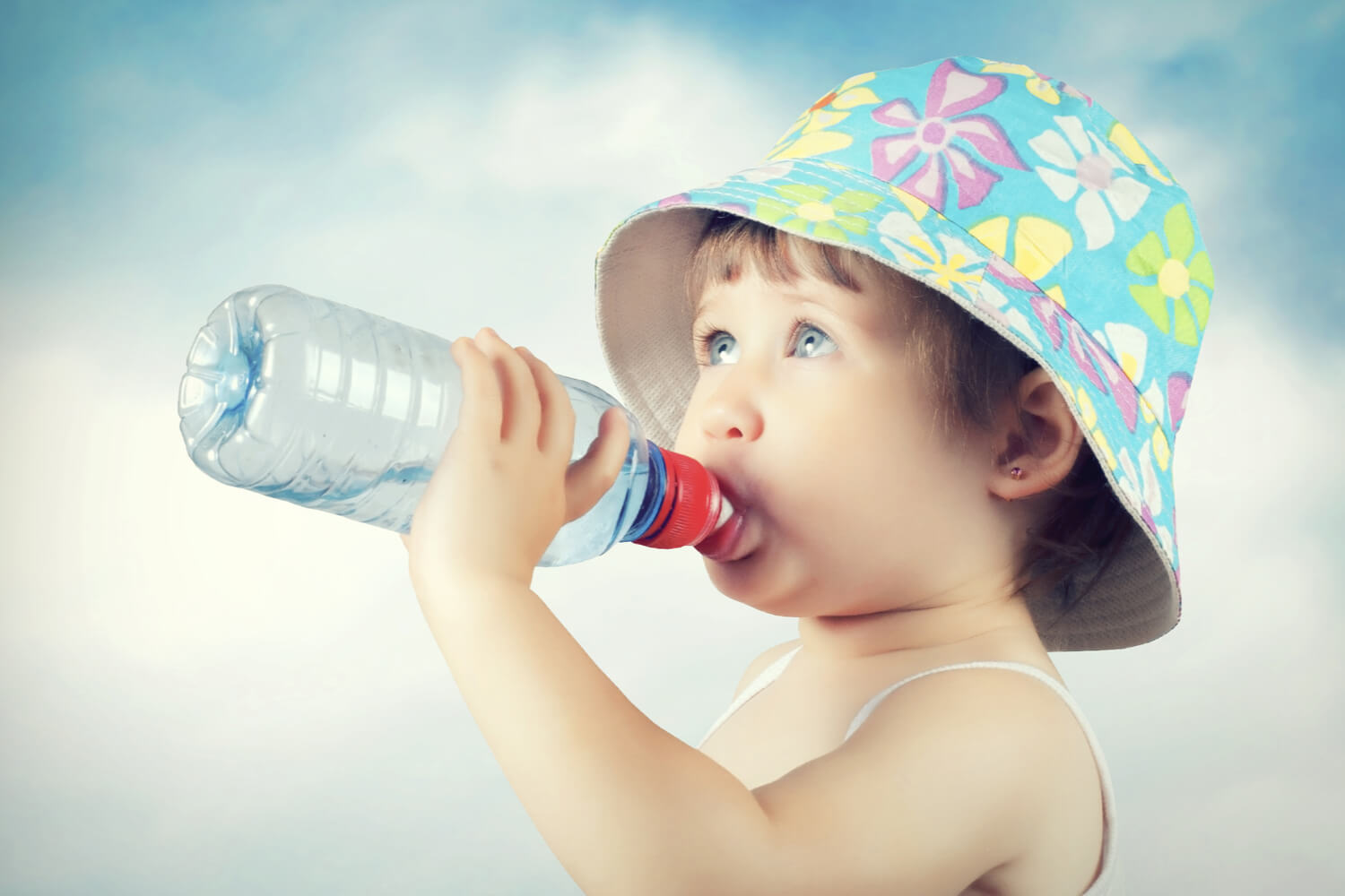 baby drinking mineral water (1)